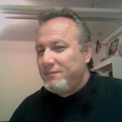 Albert Dandos